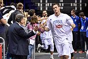 DESCRIZIONE : Berlino Berlin Eurobasket 2015 Group B Germany Germania - Italia Italy<br /> GIOCATORE : Danilo Gallinari<br /> CATEGORIA : Before Pregame Fair Play<br /> SQUADRA : Italia Italy<br /> EVENTO : Eurobasket 2015 Group B<br /> GARA : Germany Italy - Germania Italia<br /> DATA : 09/09/2015<br /> SPORT : Pallacanestro<br /> AUTORE : Agenzia Ciamillo-Castoria/GiulioCiamillo