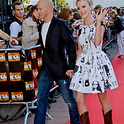 NLD/Utrecht/20100903 - Premiere Queen musical We Will Rock You, Stacey Rookhuizen en partner Kristof van de Parre