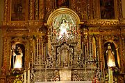 Spanien, Kanarische Inseln, Teneriffa..La Laguna, Altstadt, Klosterkirche Santa Catalina innen, Altar..|..Spain, Canary Islands, Tenerife..La Lagauna, old town, interior of abbey church Santa Catalina, altar