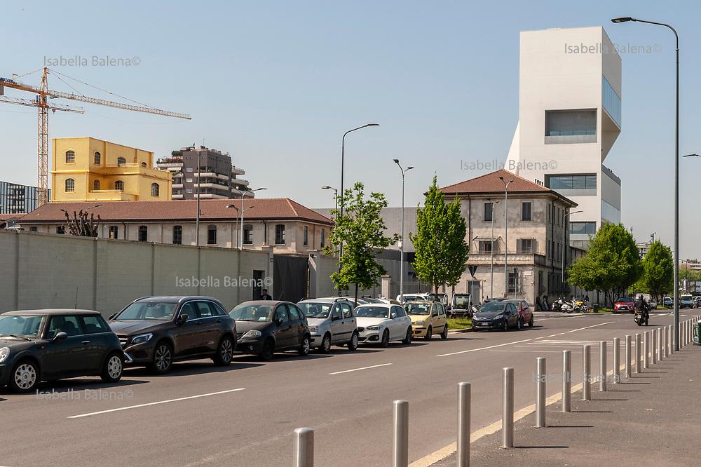 Fondazione Prada, Torre