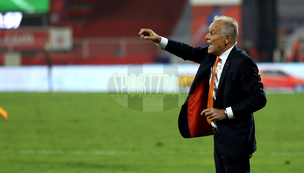 FC Pune City coach Franco Colomb during match 44 of the Hero Indian Super League between FC Pune City and Atletico de Kolkata FC held at the Shree Shiv Chhatrapati Sports Complex Stadium, Pune, India on the 29th November 2014.<br /> <br /> Photo by:  Sandeep Shetty/ ISL/ SPORTZPICS