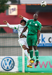 25.05.2010, Alpenstadion, Wattens, AUT, FIFA Worldcup Vorbereitung, Testspiel Nigeria (NGA) vs Saudi Arabien (KSA), im Bild Kopfball Abass Ahmad Mohammrd ( KSA #13 ) vs Danny Shittu ( NGA #6 ). EXPA Pictures © 2010, PhotoCredit: EXPA/ J. Groder / SPORTIDA PHOTO AGENCY