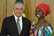 25.04.2018 - BRASÍLIA, DF -  A embaixadora de Gana, senhora Abena Pokua Adompim Busia durante cerimônia de apresentação de cartas credenciais de novos embaixadores no Palácio do Planalto em Brasília (DF), nesta quarta-feira (25). O presidente Michel Temer esteve presente. Embaixadores no Brasil ( Foto: RENATO COSTA / FRAMEPHOTO )