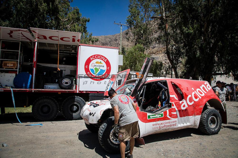 Acciona 100x100 ecopowered,electric car, Dakar 2015, third leg