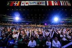 23-08-2009 VOLLEYBAL: WGP FINALS JAPAN - BRAZILIE: TOKYO <br /> Brazilie wint met 3-1 van Japan en zijn de winnaar van de Grand Prix 2009 / Support publiek uitverkocht Tokyo Metropolitan Gymnasium<br /> ©2009-WWW.FOTOHOOGENDOORN.NL