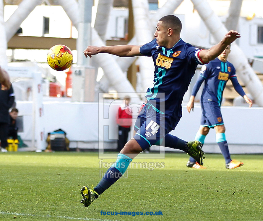Jake Livermore of Hull City during the Sky Bet Championship match at Ashton Gate, Bristol<br /> Picture by Mike Griffiths/Focus Images Ltd +44 7766 223933<br /> 21/11/2015