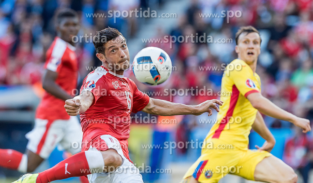 15.06.2016, Parc de Princes, Paris, FRA, UEFA Euro, Frankreich, Rumaenien vs Schweiz, Gruppe A, im Bild Blerim Dzemaili (SUI) // Blerim Dzemaili (SUI) during Group A match between Romania and Switzerland of the UEFA EURO 2016 France at the Parc de Princes in Paris, France on 2016/06/15. EXPA Pictures © 2016, PhotoCredit: EXPA/ JFK