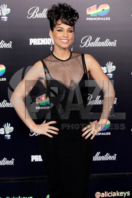 ATENCAO EDITOR IMAGEM EMBARGADA PARA VEICULOS INTERNACIONAIS - MDRI, ESPANHA, 25 JANEIRO 2013 - A cantor norte-americana Alicia Keys  durante cerimonia de Premiacao dos 40 Melhores do Ano, principal prêmio da musica espanhol, realizado em Madri capital da Espanha, na noite de ontem, 24. (FOTO: MIGUEL CORDOBA / ALFAQUI / BRAZIL PHOTO PRESS).