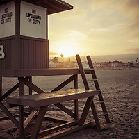 Newport Beach California Lifeguard Tower B sunrise retro photo on Balboa Peninsula. Newport Beach is a popular coastal city along the Pacific Ocean in Southern California. Photo is high resolution. Copyright ⓒ 2017 Paul Velgos with All Rights Reserved.