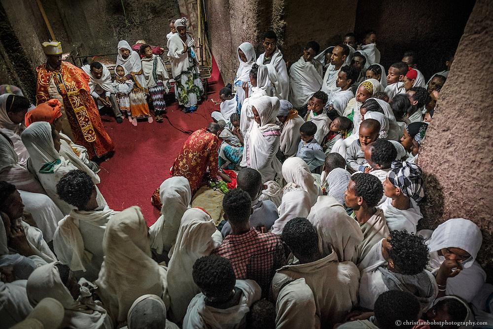 Gelegentlich werden während den Segnungen Exorzismen durchgeführt.