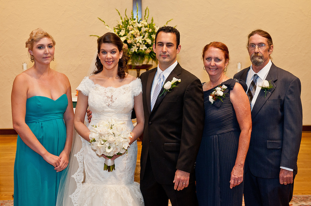 10/9/11 6:08:03 PM -- Zarines Negron and Abelardo Mendez III wedding Sunday, October 9, 2011. Photo©Mark Sobhani Photography
