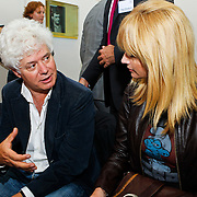 NLD/Den Haag/20100906 - Start Alfabetiseringsweek met installatie forum A tot Z, Paul Scheffer in gesprek met Daphne Deckers