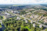 Nederland, Amsterdam, Amsterdam-West, 27-09-2015. Zicht op Overtoomseveld en Slotervaart. Rembrandtpark. Ring A10-West (Einsteinweg), kruising met Jan van Galenstraat.<br /> Overview New West, west of ring road A10 Ring West (Einsteinweg),  <br /> luchtfoto (toeslag op standard tarieven);<br /> aerial photo (additional fee required);<br /> copyright foto/photo Siebe Swart