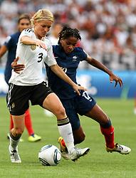 05-07-2011 VOETBAL: FIFA WOMENS WORLDCUP 2011 FRANCE - GERMANY: MONCHENGLADBACH<br /> Saskia Bartusiak (GER) gegen Elodie Thomis (FRA) <br /> ***NETHERLANDS ONLY***<br /> ©2011-FRH- NPH/Karina Hessland
