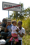 .Roma 25 Settembre 2008.Manifestazione degli immigrati richedenti asilo provenienti dal.Centro accoglienza rifugiati di Castelnuovo di Porto. per chiedere il rilascio dei documenti che gli consentirebbero di lavorare in Italia..Demonstration of immigrants  asylum applicants guests on.Refugee reception centre of Castelnuovo di Porto. to demand the release of residence permits