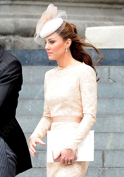 05.JUNE.2012. LONDON<br /> <br /> KATE MIDDLETON, CATHERINE DUCHESS OF CAMBRIDGE LEAVING THE SERVICE OF THANKSGIVING AS PART OF THE QUEEN'S DIAMOND JUBILEE CELEBRATIONS AT ST PAUL'S CATHEDRAL IN LONDON<br /> <br /> BYLINE: EDBIMAGEARCHIVE.CO.UK<br /> <br /> *THIS IMAGE IS STRICTLY FOR UK NEWSPAPERS AND MAGAZINES ONLY*<br /> *FOR WORLD WIDE SALES AND WEB USE PLEASE CONTACT EDBIMAGEARCHIVE - 0208 954 5968*