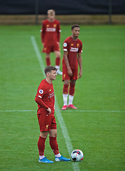 KIRKBY, ENGLAND - Saturday, August 10, 2019: Liverpool's substitute Bobby Duncan looks dejected as they kick off after Tottenham Hotspur's fourth goal during the Under-23 FA Premier League 2 Division 1 match between Liverpool FC and Tottenham Hotspur FC at the Academy. Tottenham Hotspur won 4-0. (Pic by David Rawcliffe/Propaganda)