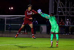 SAINT-GERMAIN-EN-LAYE, FRANCE - Wednesday, November 28, 2018: Liverpool's Ki-Jana Hoever during the UEFA Youth League Group C match between Paris Saint-Germain Under-19's and Liverpool FC Under-19's at Stade Georges-Lefèvre. (Pic by David Rawcliffe/Propaganda)