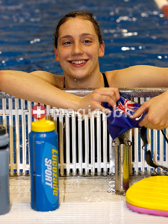 Elizabeth SIMMONDS of Great Britain is pictured during cool-down after swimming the breaststroke leg in the women's 4x50m medley relay final on day three at the European Short-Course Swimming Championships at the Maekelaenrinne Swimming Centre in Helsinki, Finland, Saturday December 9, 2006. (Photo by Patrick B. Kraemer / MAGICPBK)