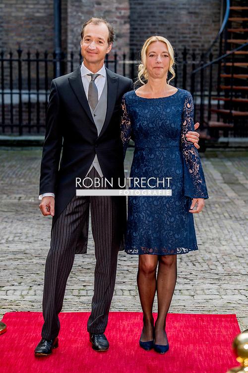DEN HAAG - Eric Wiebes en zijn echtgenote arriveren bij de Ridderzaal op Prinsjesdag. ROBIN UTRECHT