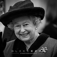 29-02-2008. INS News Agency Ltd<br /> Picture by Blake-Ezra Cole<br /> <br /> The Queen officially opens the modern extension to Windsor's Royal Shopping Arcade.