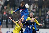 (L-R) *Lennart Thy* of VVV Venlo, *Teun Koopmeiners* of AZ Alkmaar, *Mats Seuntjens* of AZ Alkmaar