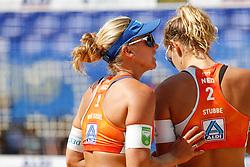 20190628 DEU: World Champs Hamburg 2019: Hamburg<br /> Joy Stubbe (NED,2), Marleen van Iersel (NED,1), Kerri Walsh Jennings (USA,1), Brooke Sweat (USA,2)<br /> ©2019-FotoHoogendoorn.nl / Pim Waslander