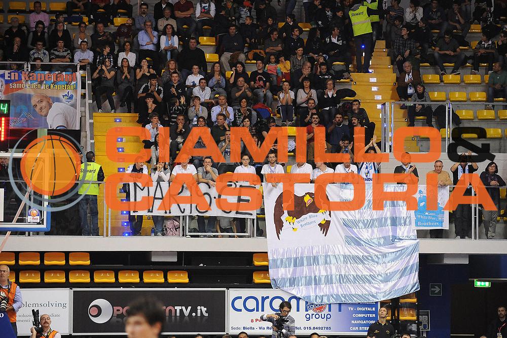 DESCRIZIONE : Biella Lega A 2010-11 Angelico Biella Vanoli Braga Cremona<br /> GIOCATORE : Tifosi Vanoli Braga Cremona<br /> SQUADRA : Vanoli Braga Cremona<br /> EVENTO : Campionato Lega A 2010-2011 <br /> GARA : Angelico Biella Vanoli Braga Cremona<br /> DATA : 14/11/2010<br /> CATEGORIA : Tifosi<br /> SPORT : Pallacanestro <br /> AUTORE : Agenzia Ciamillo-Castoria/ L.Goria<br /> Galleria : Lega Basket A 2010-2011  <br /> Fotonotizia : Biella Lega A 2010-11 Angelico Biella Vanoli Braga Cremona<br /> Predefinita :