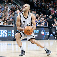 02 April 2017: San Antonio Spurs guard Tony Parker (9) eyes the basket during the San Antonio Spurs 109-103 victory over the Utah Jazz, at the AT&T Center, San Antonio, Texas, USA.