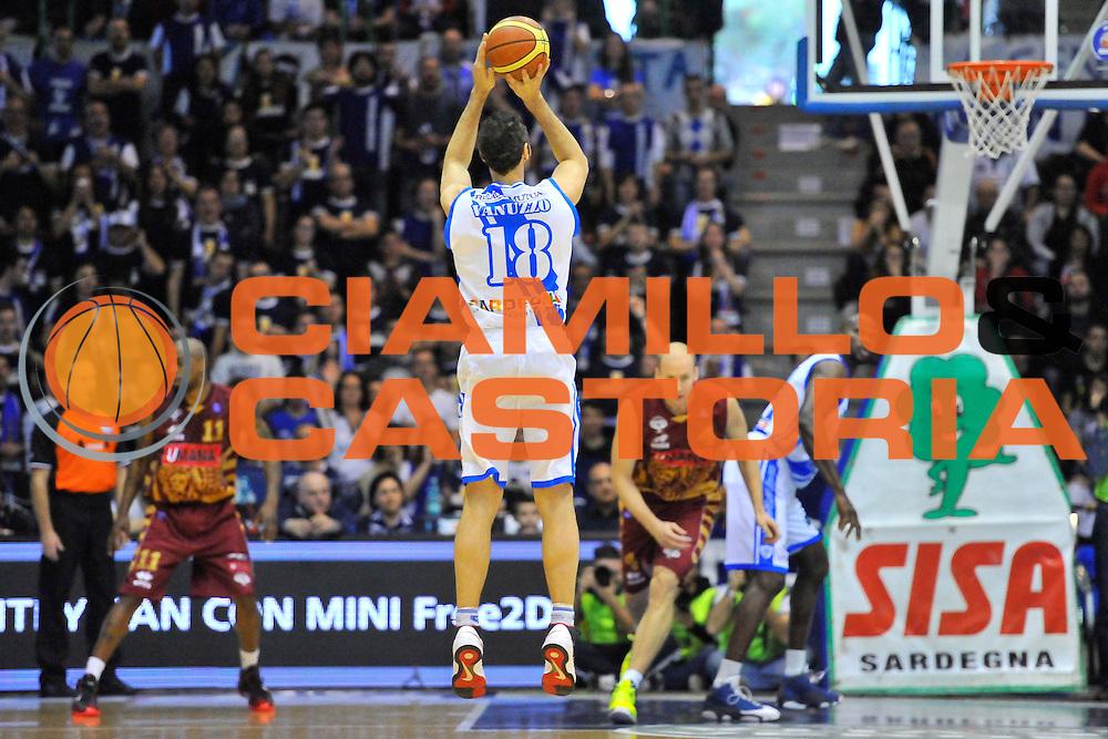 DESCRIZIONE : Campionato 2013/14 Dinamo Banco di Sardegna Sassari - Umana Reyer Venezia<br /> GIOCATORE : Manuel Vanuzzo<br /> CATEGORIA : Tiro Tre Punti Controcampo<br /> SQUADRA : Dinamo Banco di Sardegna Sassari<br /> EVENTO : LegaBasket Serie A Beko 2013/2014<br /> GARA : Dinamo Banco di Sardegna Sassari - Umana Reyer Venezia<br /> DATA : 16/03/2014<br /> SPORT : Pallacanestro <br /> AUTORE : Agenzia Ciamillo-Castoria / Luigi Canu<br /> Galleria : LegaBasket Serie A Beko 2013/2014<br /> Fotonotizia : Campionato 2013/14 Dinamo Banco di Sardegna Sassari - Umana Reyer Venezia<br /> Predefinita :