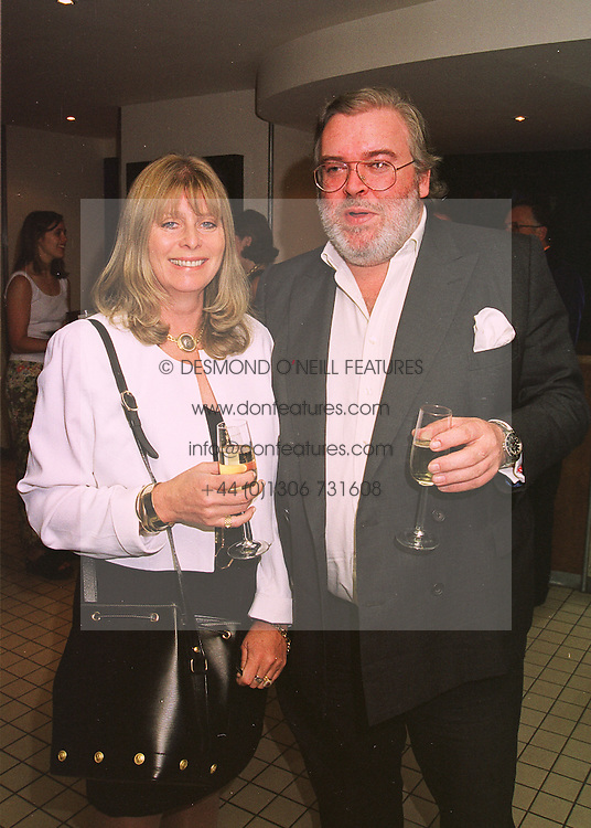 The HON.&amp; MRS JOHN HESKETH at a dinner in London on 17th May 1998.<br /> MHO 7