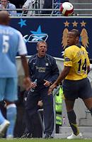 Photo: Paul Thomas.<br /> Manchester City v Arsenal. The Barclays Premiership. 26/08/2006.<br /> <br /> Stuart Pearce, Man City manager.