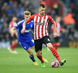 Southampton's Morgan Schneiderlin in action against Ipswich Town - Photo mandatory by-line: Paul Knight/JMP - Mobile: 07966 386802 - 04/01/2015 - SPORT - Football - Southampton - St Mary's Stadium - Southampton v Ipswich Town - FA Cup Third Round
