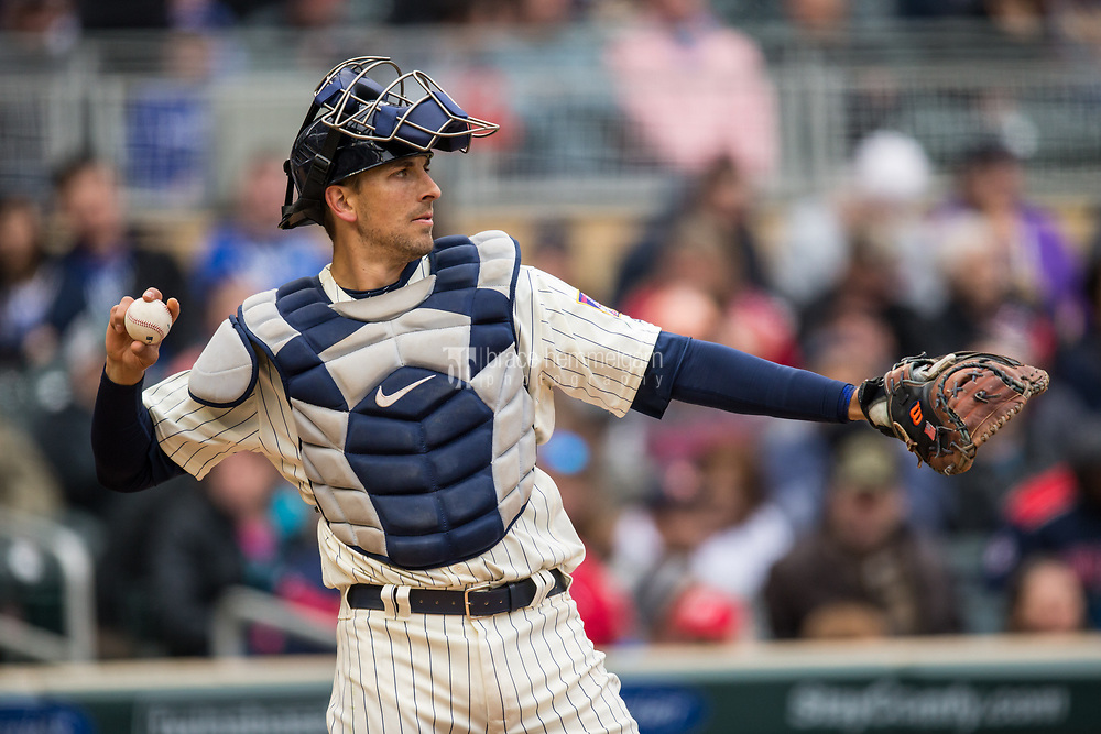 MINNEAPOLIS, MN- APRIL 5: Jason Castro #21 of the Minnesota Twins throws against the Kansas City Royals on April 5, 2017 at Target Field in Minneapolis, Minnesota. The Twins defeated the Royals 9-1. (Photo by Brace Hemmelgarn) *** Local Caption *** Jason Castro