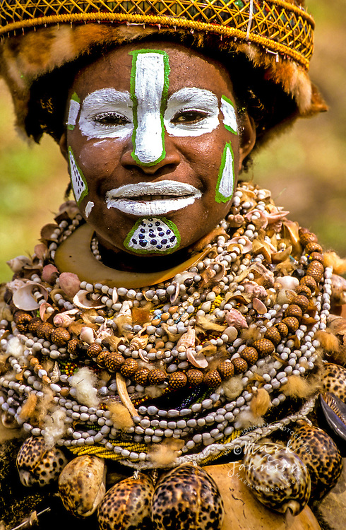 Papua New Guinea, Western Highlands Province, Mt. Hagen Cultural Show,  woman. Mt. Hagen Cultural Show,Western Highlands Province, Papua New Guinea