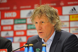 25.01.2014, easyCredit Stadion, Nuernberg, GER, 1. FBL, 1. FC Nuernberg vs TSG 1899 Hoffenheim, 18. Runde, im Bild Trainer Gertjan Verbeek (1 FC Nuernberg) hatte sich vor der Pressekonferenz bereits den Bart abrasiert, da der 1 FC Nuernberg seinen ersten Saisonsieg geholt hatte, <br /> Portrait / Portraet // during the German Bundesliga 18th round match between 1. FC Nuernberg and TSG 1899 Hoffenheim at the easyCredit Stadion in Nuernberg, Germany on 2014/01/25. EXPA Pictures © 2014, PhotoCredit: EXPA/ Eibner-Pressefoto/ Merz<br /> <br /> *****ATTENTION - OUT of GER*****