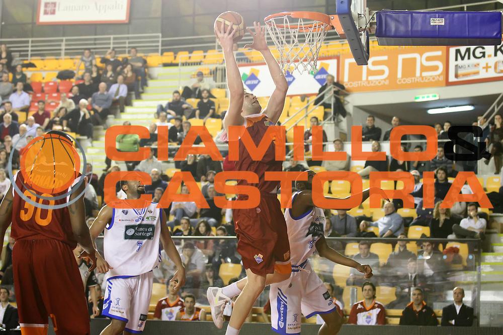 DESCRIZIONE : Roma Campionato Lega A 2011-12 Acea Virtus Roma<br /> Banco di Sardegna Sassari<br /> GIOCATORE : Uros Slokar<br /> CATEGORIA : tiro<br /> SQUADRA : Acea Virtus Roma<br /> EVENTO : Campionato Lega A 2011-2012<br /> GARA : Acea Virtus Roma Banco di Sardegna Sassari<br /> DATA : 07/03/2012<br /> SPORT : Pallacanestro<br /> AUTORE : Agenzia Ciamillo-Castoria/ElioCastoria<br /> Galleria : Lega Basket A 2011-2012<br /> Fotonotizia : Roma Campionato Lega A 2011-12 Acea Virtus Roma Banco di Sardegna Sassari<br /> Predefinita :