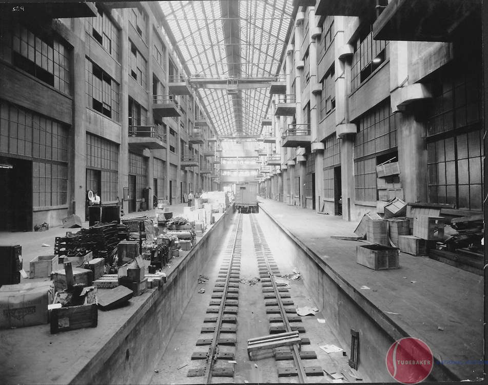 Interior view of Studebaker's building #78 in 1927.