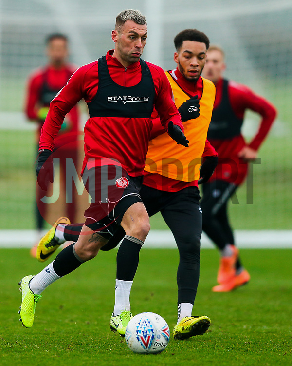 Jack Hunt of Bristol City and Freddie Hinds in action - Rogan/JMP - 23/01/2020 - Failand - Bristol, England - Sky Bet Championship.