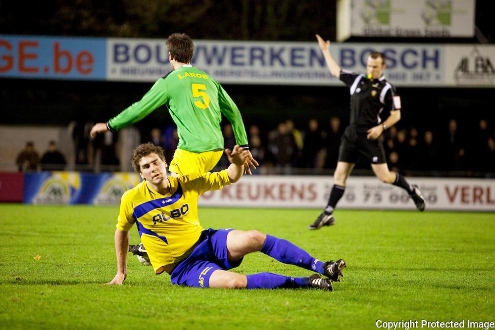 370478-Voetbal FC De Kempen tegen Sint-Lenaarts-Prijstraat Tielen-7 Wout Meeuwssen en 5 Rombouts Kurt