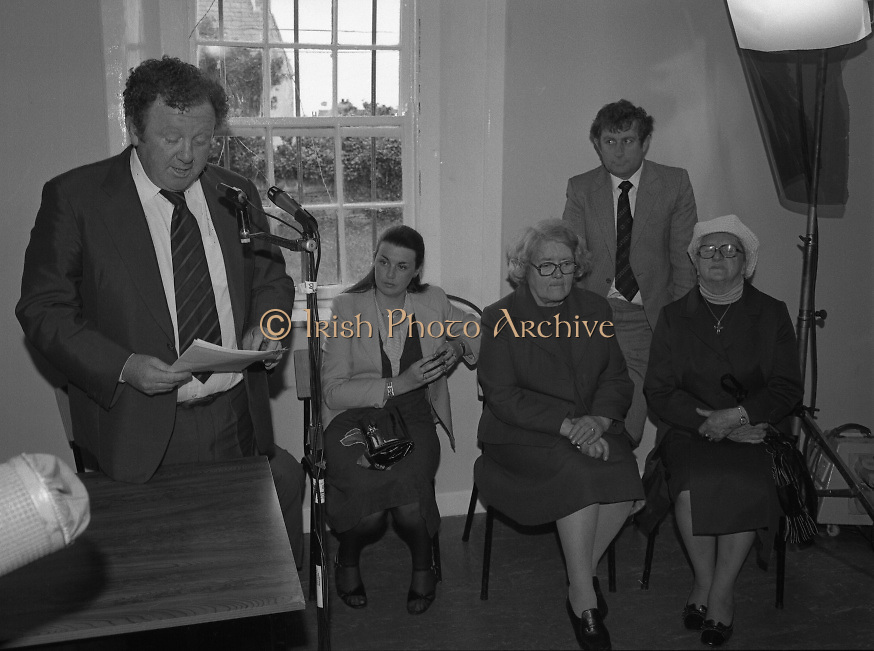 Opening of Automatic Telephone Exchange, Aran Mor..1980-06-20.20th June 1980.20/06/1980.06-20-80....Photographed at Kilronan, Inismore:..Minister of State at the Department of Posts and Telegraphs, Mark Killilea, opens the new automatic exchange at Kilronan on Inismore...From left:..First: Minister of State at the Department of Posts and Telegraphs, Mark Killilea TD...Second: Máire Geoghegan-Quinn TD, Minister for the Gaeltacht...Third: Máire Bn. Nic Giolla Phádraig, Postmistress Kilronan who looks after the exchange...Fifth: Máire Bn. Ui Chonghaile, Post Mistress of Kill Murvey, Inismore.