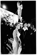 ELISABETH SHUE. Vanity Fair Oscar night party. Mortons, Los Angeles. 25 March 1996. SUPPLIED FOR ONE-TIME USE ONLY> DO NOT ARCHIVE. © Copyright Photograph by Dafydd Jones 248 Clapham Rd.  London SW90PZ Tel 020 7820 0771 www.dafjones.com