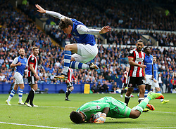 Adam Reach of Sheffield Wednesday and Sheffield United goalkeeper Jamal Blackman - Mandatory by-line:  Matt McNulty/JMP - 24/09/2017 - FOOTBALL - Hillsborough - Sheffield, England - Sheffield Wednesday v Sheffield United - Sky Bet Championship