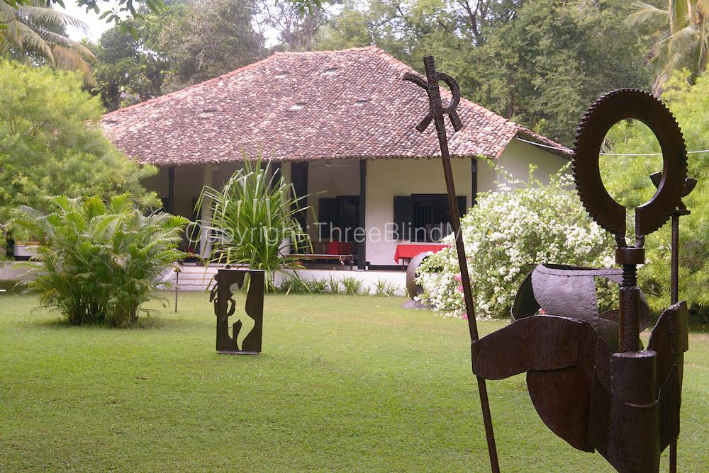 Amarasinghe Walauwa. Home in Unuwatuna.