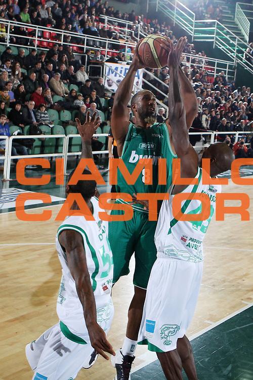DESCRIZIONE : Avellino Lega A 2010-11 Air Avellino Benetton Treviso<br /> GIOCATORE : Brian Skinner<br /> SQUADRA : Benetton Treviso<br /> EVENTO : Campionato Lega A 2010-2011<br /> GARA : Air Avellino Benetton Treviso<br /> DATA : 22/01/2011<br /> CATEGORIA : tiro<br /> SPORT : Pallacanestro<br /> AUTORE : Agenzia Ciamillo-Castoria/ElioCastoria<br /> Galleria : Lega Basket A 2010-2011<br /> Fotonotizia : Avellino Lega A 2010-11 Air Avellino Benetton Treviso<br /> Predefinita :