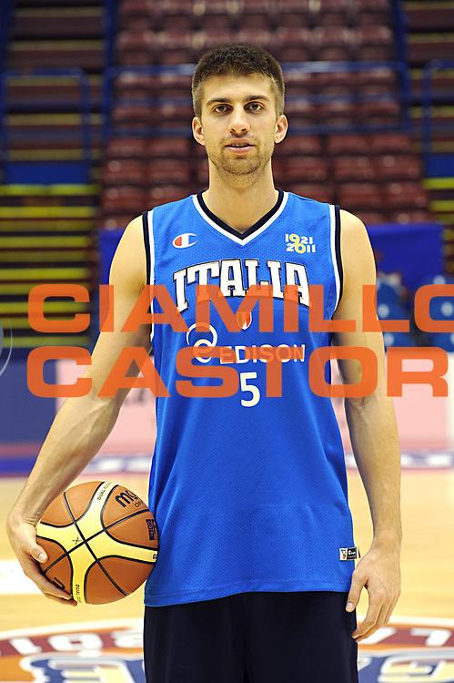 DESCRIZIONE : Milano Agos Ducato All Star Game 2011<br /> GIOCATORE : Jeffrey Viggiano<br /> SQUADRA : Italia Nazionale Maschile <br /> EVENTO : All Star Game 2011<br /> GARA : Italia All Star Team<br /> DATA : 13/03/2011<br /> CATEGORIA : posati <br /> SPORT : Pallacanestro<br /> AUTORE : Agenzia Ciamillo-Castoria/C.De Massis<br /> Galleria : FIP Nazionali 2011<br /> Fotonotizia :  Milano Agos Ducato All Star Game 2011<br /> Predefinita :