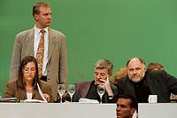 13 MAY 1999 - BIELEFELD, GERMANY:<br /> Kerstin Müller, B90/Grüne Fraktionsvorsitzende, Joschka Fischer, B90/Grüne, Bundesaußenminister, und Rezzo Schlauch, B90/Grüne Fraktionsvorsitzender, und der Schutz von Bodyguards auf der Bundesdelegiertenkonferenz von Bündnis 90/Die Grünen, Stadthalle<br /> Kerstin Mueller, Chairwomen of the green parlaimentary group, Joschka Fischer, Federal Minister of Foreign Affairs, and Rezzo Schlauch, Chairmen of the green parlaimentary group, are protected by bodyguards, conference of the german green party<br /> IMAGE: 19990513-01/04-03<br /> KEYWORDS: Parteitag, Farbe