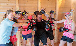 19.06.2017, Powerhof, Adnet, AUT, OeSV, Boxtraining Damen Slalom Team, im Bild Julia Grünwald (AUT), Katharina Huber (AUT), Katharina Gallhuber (AUT), Boxtrainer Conny König, Carmen Thalmann (AUT) und Katharina Truppe (AUT) // during a Boxing Training Camp of the Austrian Ladies Slalom Team at the Powerhof in Adnet, Austria on 2017/06/19. EXPA Pictures © 2017, PhotoCredit: EXPA/ JFK