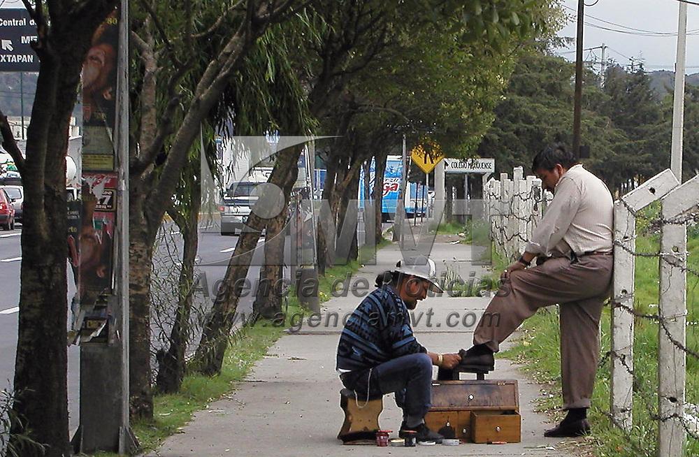 Toluca, M&eacute;x.- Imagen cotidiana en Toluca. Agencia MVT / Miguel A. V&aacute;zquez. (DIGITAL)<br /> <br /> NO ARCHIVAR - NO ARCHIVE