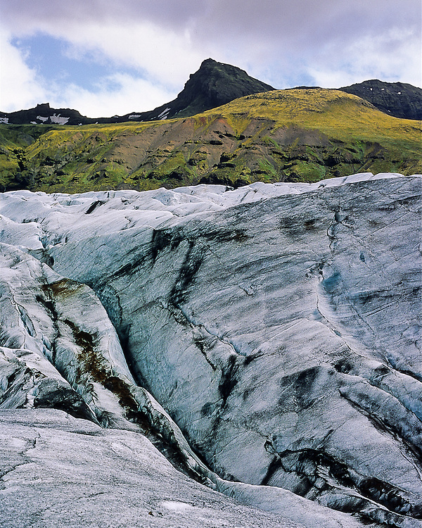 The glacier Svinafellsjokull is ont of the many glaciers that wind their way from Vatnajokull